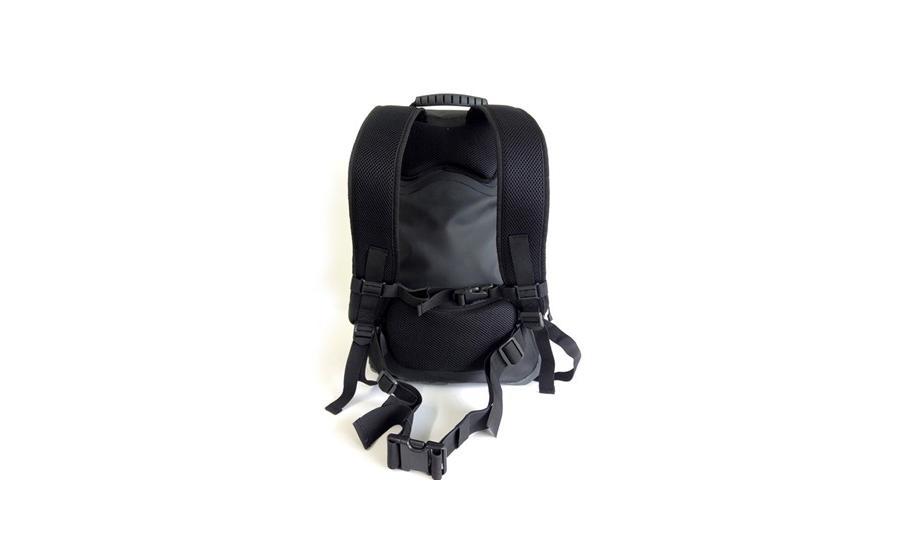 Рюкзак Aquapac TOCCOA 28 L спина
