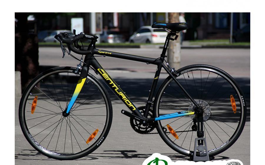 Велосипед шоссейник Centurion HYPERDRIVE фото на улице