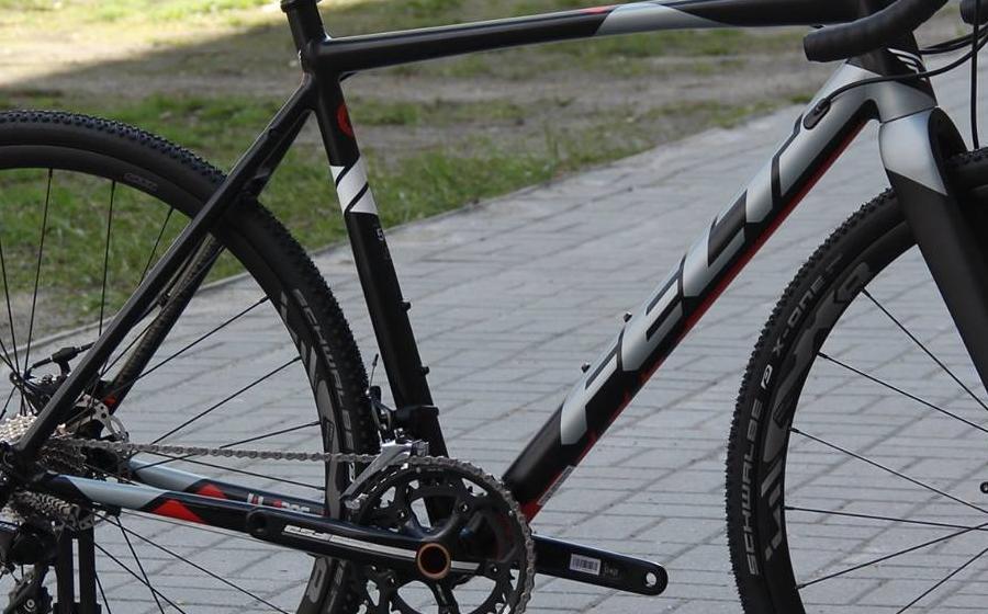 Велосипед циклокроссовый FELT F65X фото вблизи
